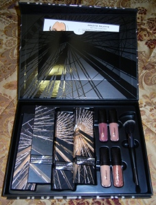 Divergent cosmetics packaging