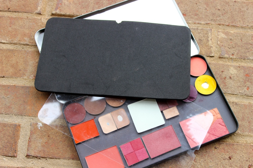 Make Up For Ever empty magnetic palette