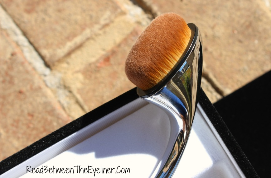 Artis oval 6 brush
